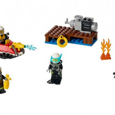 Set de pompieri pentru incepatori (60106) - LEGO City