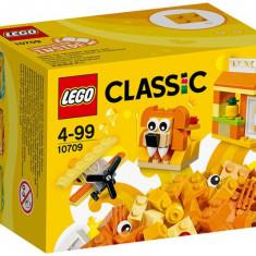 Cutie portocalie de creativitate (10709) - LEGO Classic