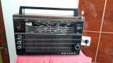 RADIO SELENA B 211 , FUNCTIONEAZA .