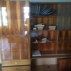 Biblioteca sufragerie - Raft/Etajera