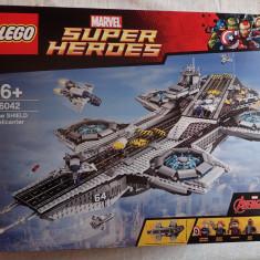 LEGO 76042 The SHIELD Helicarrier Super Heroes original 3000piese nou sigilat - LEGO Super Heroes