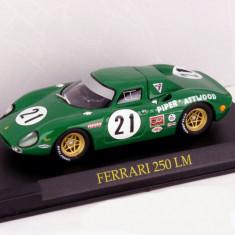 Macheta Ferrari 250 LM scara 1:43 - Macheta auto