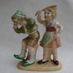 Impresionante figurine de portelan german posibil Hummel stantate la baza