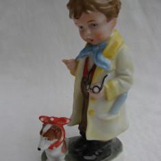 Figurina din portelan german - baietel cu catel - Bibelou vechi