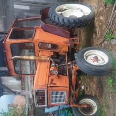 Tractor utb45
