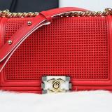 Geanta Messenger CHANEL BOY Embossed - Geanta Dama Chanel, Culoare: Rosu, Marime: Medie