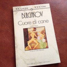 Carte in l. Italiana - Cuore di cane de Michail Bulgakov anul 1993 / 98 pagini ! - Carte in italiana