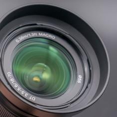 Obiectiv Sony 18-70mm 3.5-5.6 montura Sony Alpha pt dslr Sony montura A - Obiectiv DSLR Sony, Wide (grandangular), Manual focus