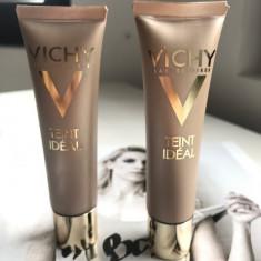 Fond de ten fluid iluminator Vichy Teint Ideal pentru ten uscat, Lichid