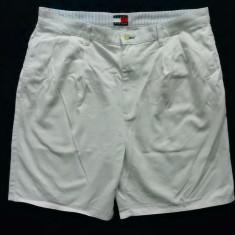Pantaloni scurti Tommy Hilfiger.Marime 38, vezi dimensiuni; impecabili, ca noi - Bermude barbati, Culoare: Din imagine