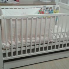 Patut MAMO TATO Regal White, saltea si set lenjerie - Patut lemn pentru bebelusi, 120x60cm, Alb