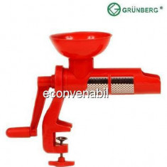 Masina de tocat rosii Grunberg GR302 - Masina de Tocat Carne