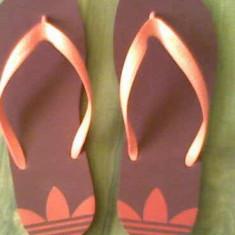 Saboti adidasi rosii - Papuci dama Adidas, Culoare: Rosu, Marime: 40