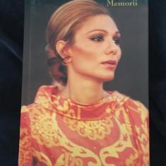 Farah Pahlavi - Memorii - cartonata