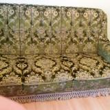 Canapea pentru living