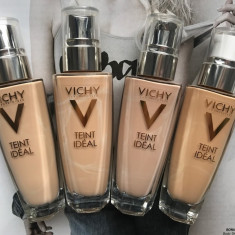 Fond de ten fluid Iluminator Vichy Teint Ideal pentru ten normal-mixt, Lichid