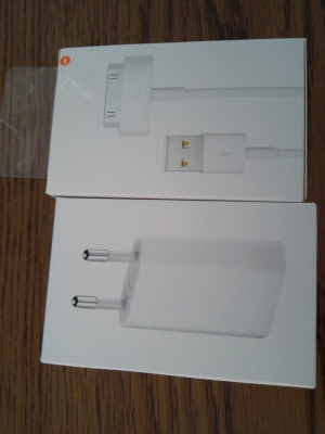 Incarcator + cablu de date iPhone 3 3gs 4 4s original  nou sigilat foto