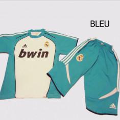 ECHIPAMENTE SPORTIVE REAL MADRID COPII -10-13 ANI, PANTALONI TREI-SFERTURI - Set echipament fotbal Adidas, Marime: S