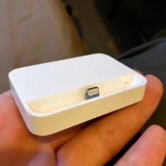 Dock Original Apple iPhone 5/5C/5S - Dock telefon