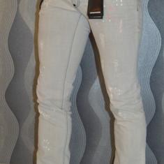Blugi Dsquared slim fit Jeans barbati DSQ made in Italy marimea 34 - Blugi barbati Adidas, Culoare: Gri, Lungi, Cu aplicatii, Normal