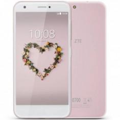 """Blade A512 Dual SIM 5.2"""" HD 16GB/2GB 13MP/5MP LTE Pink - Telefon mobil ZTE"""