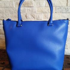 Geanta noua de piele GUESS - Geanta Dama Guess, Culoare: Albastru, Marime: Mare
