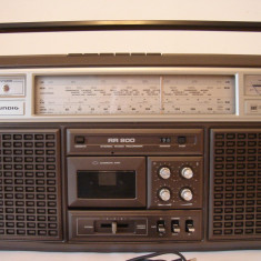 Radiocasetofon GRUNDIG RR 800(cu probleme)