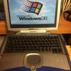 Laptop COMPAQ PRESARIO 1400 - pentru colectionari -, Intel Pentium, Sub 80 GB