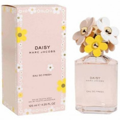 Marc Jacobs Daisy Eau So Fresh Eau de Toilette 125ml - Parfum femeie Marc Jacobs, Apa de toaleta