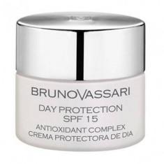 Bruno Vassari Whitening Line White Day Protection SPF 15 - Crema de corp