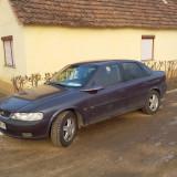 Opel vectra de vinzare, An Fabricatie: 1996, Benzina, 210000 km, 1998 cmc