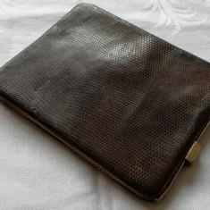 Portofel dama vintage din piele de sarpe autentica rama metalica suflata cu aur, Culoare: Maro