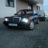 Vand Mercedes E 190 motor 2000 diesel, An Fabricatie: 1993, Motorina/Diesel, 150000 km, Clasa E