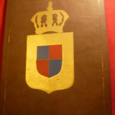 Coperti cu Emblema aurita- Coroana Regala, dim.= 26, 5x36, 5 cm - Jubiliare