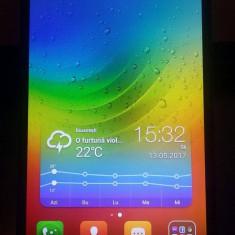 Lenovo A 7000 - Telefon mobil Dual SIM Lenovo, Alb, 8GB, Neblocat, Quad core, 2 GB