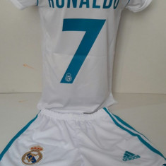 Echipament fotbal pentru copii Real Madrid Ronaldo alb model nou, Marime: Alta