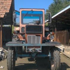 Vand tractor si plug!!