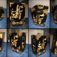 Dulap caseta vintage bijuterii China lemn marchetarie alama-bronz.