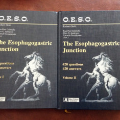 Carte medicina L Engleza - The esophagogastric junction 2 volume anul 1998 !