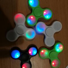 Spinner fidget antistres LED / jocuri lumini multicolor / spiner / nou