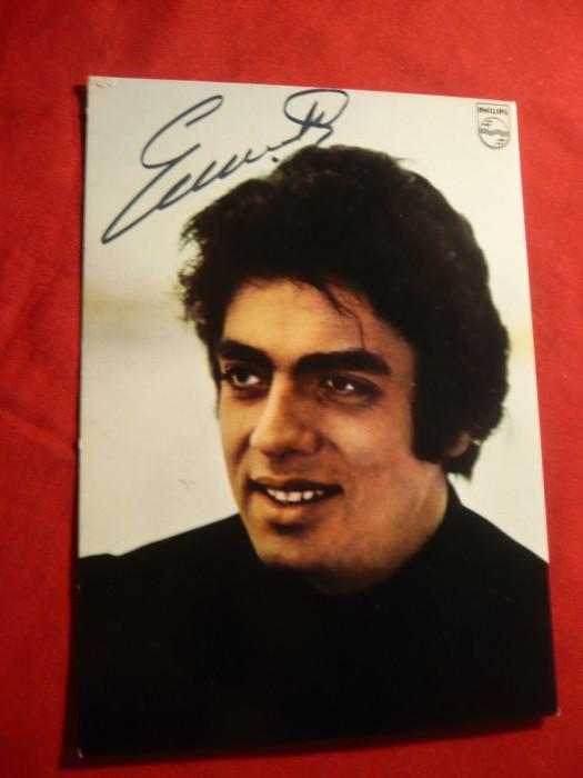 Fotografia cantaretului Enrico Macias , cu autograf