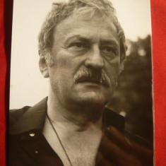 Fotografie a actorului Amza Pellea, dim. = 11, 9 x9, 1 cm - Autograf