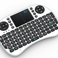 Mini tastatura bluetooth Rii i8+ iluminata cu touchpad compatibila Smart TV