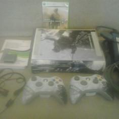 Consola Xbox 360 Microsoft 60 GB - Call of duty set - cu 2 controllere, casca si joc