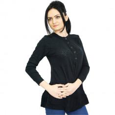 Bluza neagra cu nasturi de dama, Gina