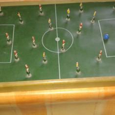 JOC FOTBAL DE MASA VECHI CU JUCATORI PE ARC - Foosball, Masa fusbal