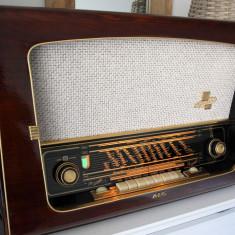 Radio lampi AEG 4075 WD, complet restaurat - Aparat radio