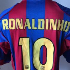 Tricou fotbal NIKE RONALDINHO BARCELONA FC Campioana Spaniei si a Europei - Set echipament fotbal Nike, Marime: XL