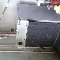 Centrala pe lemne, pret negociabil, cu 4 calorifere, se poate demonta