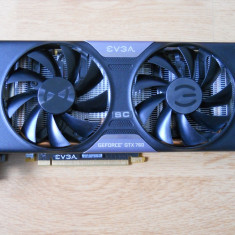 Placa video EVGA GTX 760 2 GB DDR5 256-bit DDR 5. - Placa Video Ati Radeon HD 5450 Asus